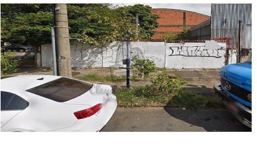 http://www.claudiabarcelosimoveis.com/vista.imobi/fotos/21675/iv30UP24620d3j7Z_216755f47e9dd0b26e.jpg